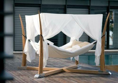 hängematte himmelbett holz struktur gestell weiß gardinen | Garten ...