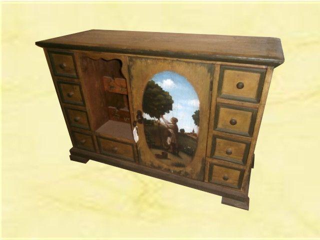 Credenza Con Portabottiglie : Credenzino dipinto. 1 anta 9 cassetti e portabottiglie. misure: 126