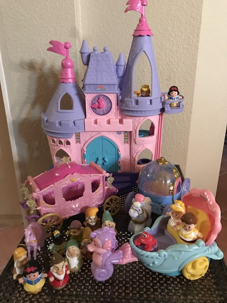 fisher price little people disney princess musical castle snow white