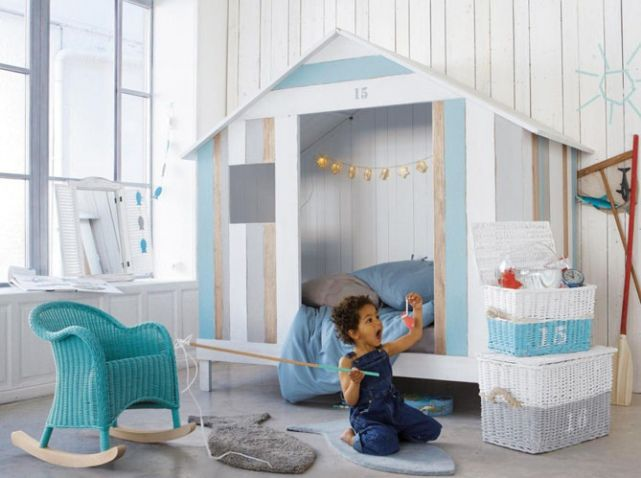 lit cabane bleu maisons du monde chambre d 39 enfant. Black Bedroom Furniture Sets. Home Design Ideas