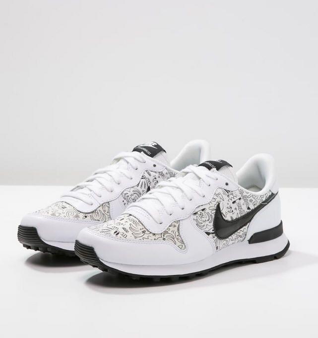 separation shoes 0dbf5 05c4b ... coupon code for nike sportswear internationalist baskets basses white  black prix baskets femme zalando 95.00 9ddda