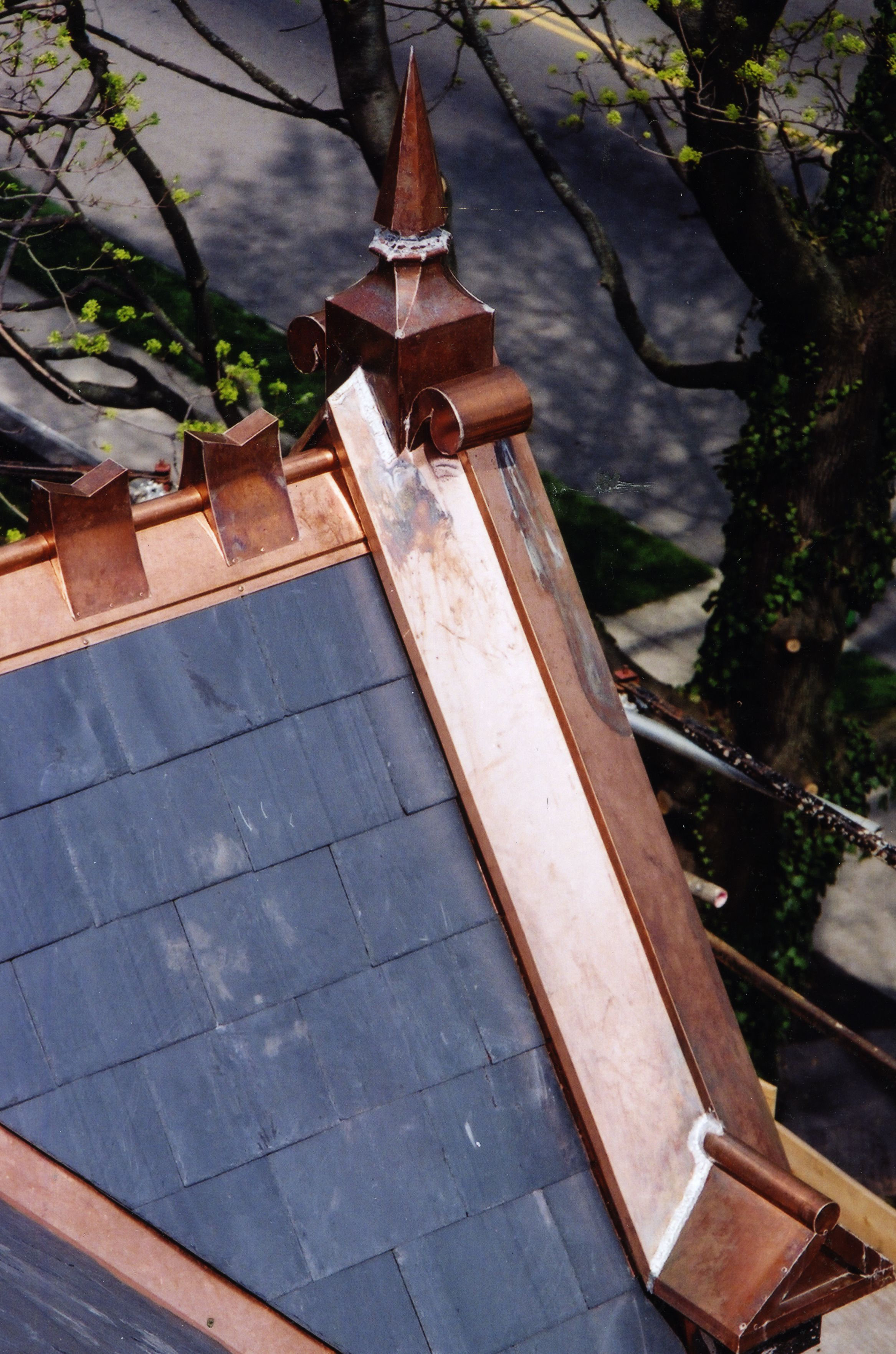Slate And Copper Are A Beautiful Combination Done By The Durable Slate Company Copper Roof Roofing Copper Gutters