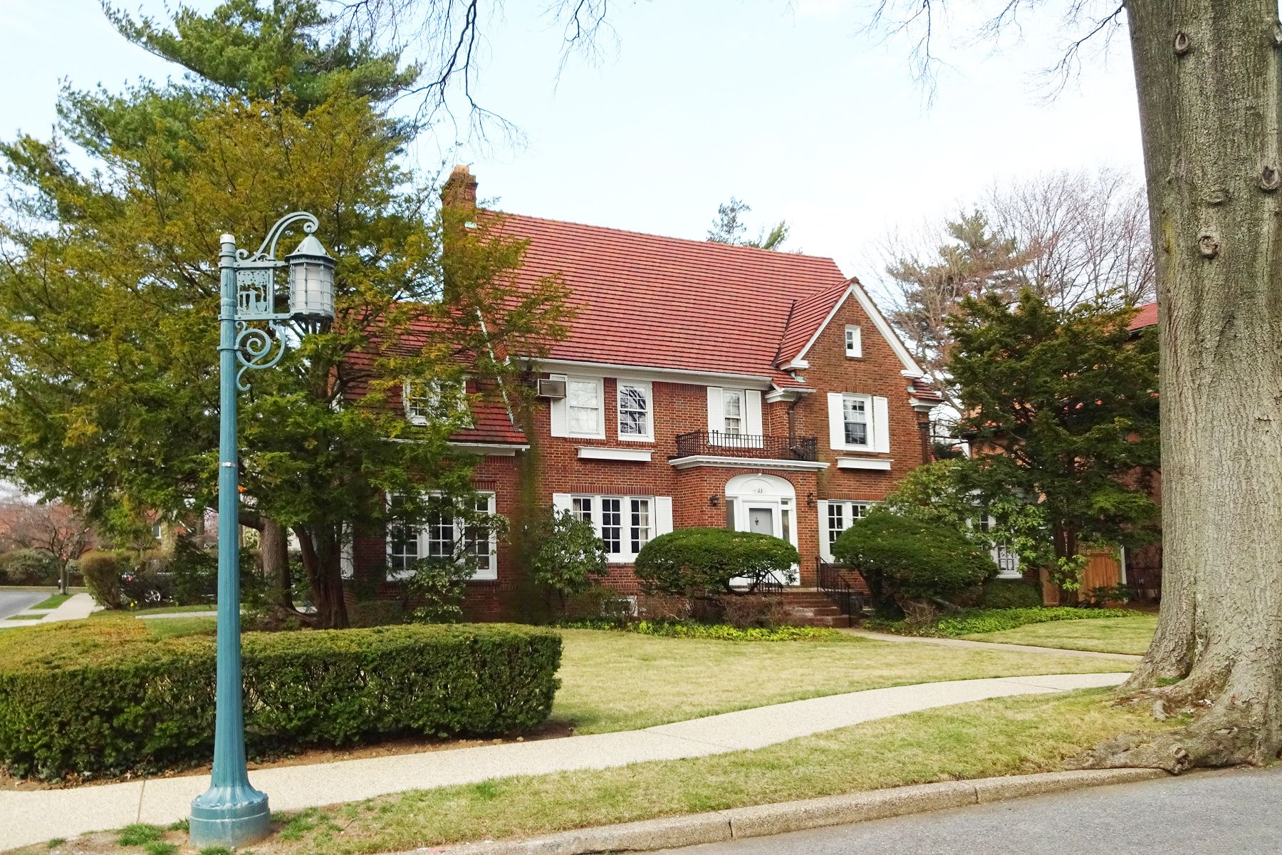 54be907a7a3feac613aebfc80634ad75 - Forest Hills Gardens Real Estate Sotheby's
