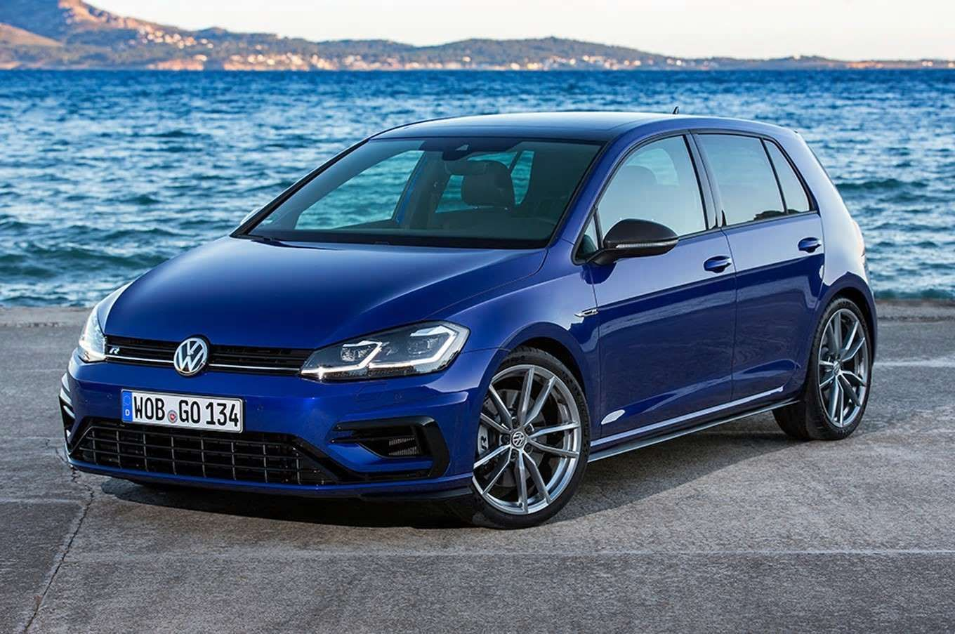 Base Price 22 000 41 000 Body Type Hatchbackminor Our 2015 Car Of The Year Enters 2019 With Upd Motor Tr Volkswagen Golf Volkswagen Golf R Volkswagen