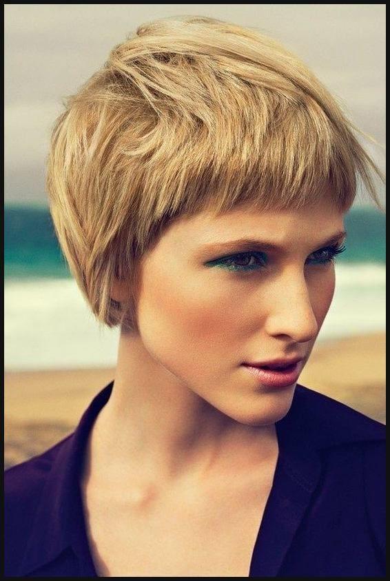Attraktiv 20 Stilvolle Kurze Frisuren Für Frauen Mit Dicken Haaren | Haar ... |  Einfache