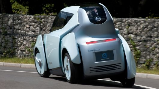 This article begins with Nissan's tandem two-seat, half