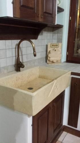 Lavandino lavello lavabo cucina in pietra monovasca - Lavandino cucina in pietra ...