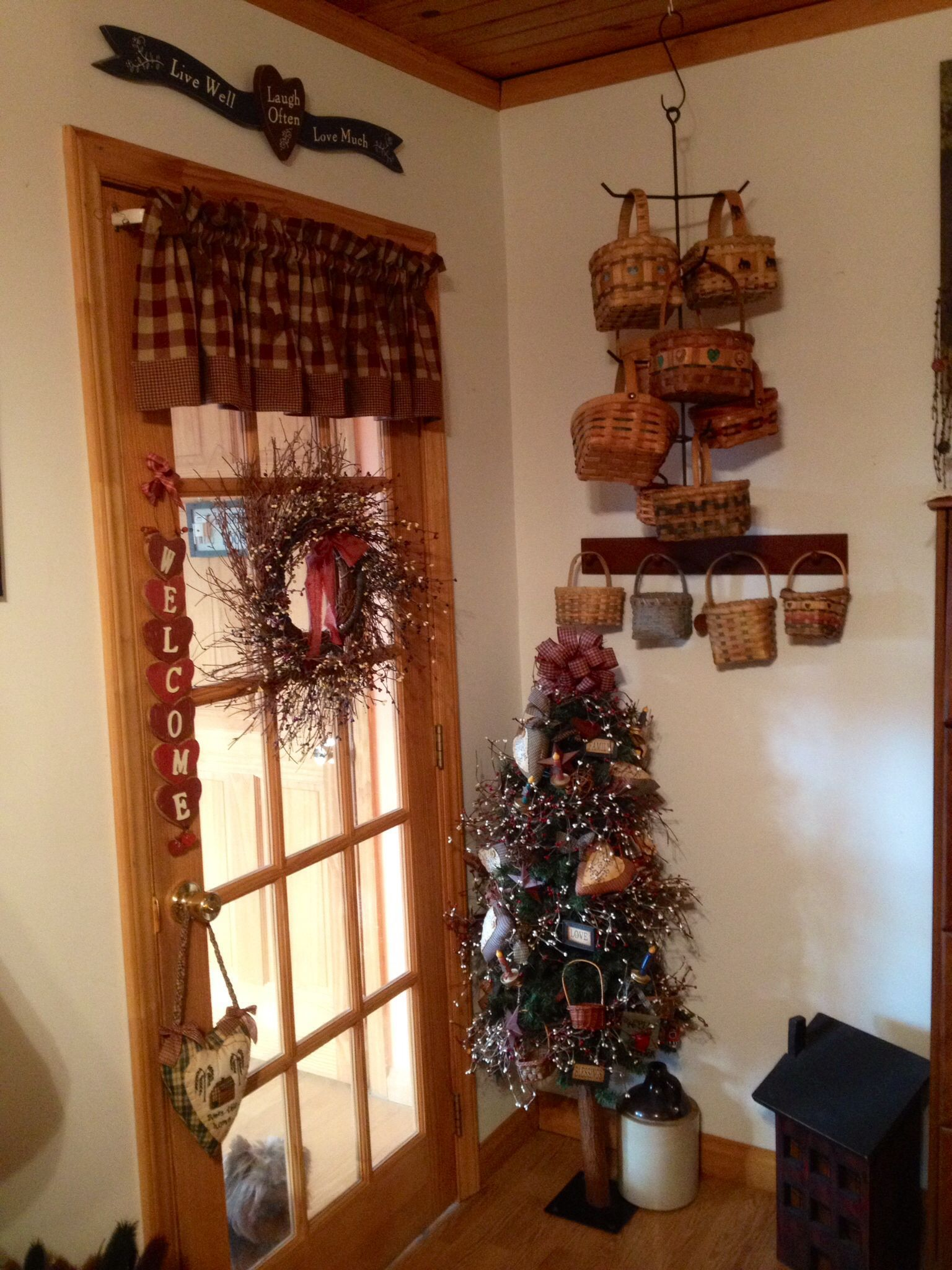 Primitive Country Decorations ( In My Tv Room) The Country