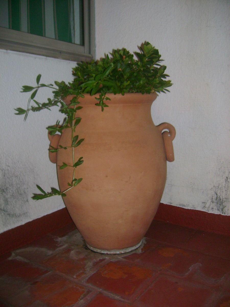 Tinajas para jardin google search c ntaros y tinajas for Decoracion jardin granada