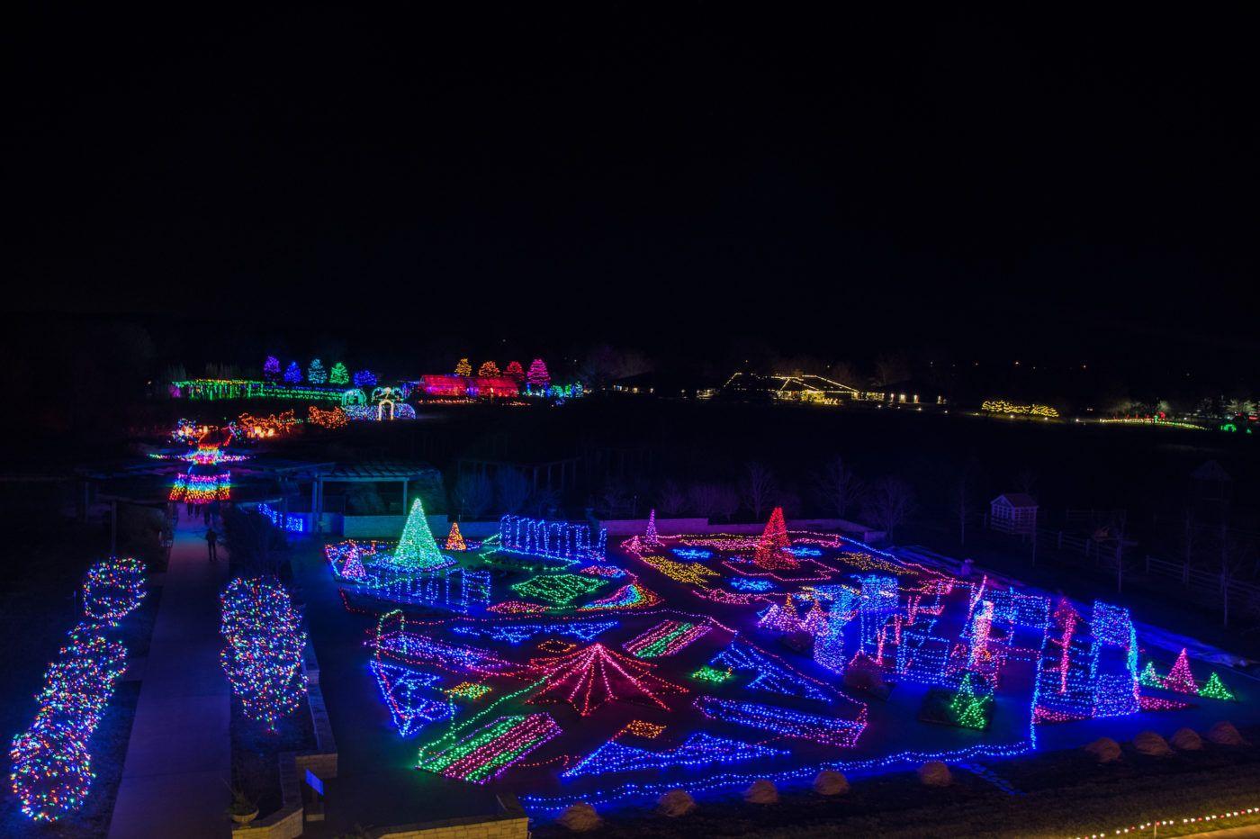 54c0bb662da593012ce7246a3d186ab8 - Festival Of Lights Moody Gardens December 11
