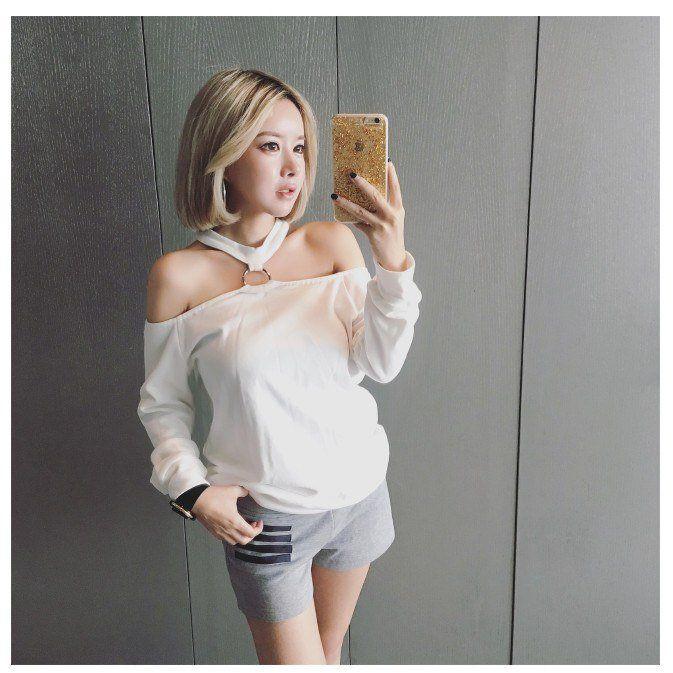 024d5fccbca66 Korean Fashion Collared Shoulderless Cute Long Sleeve Top SD00934 ...
