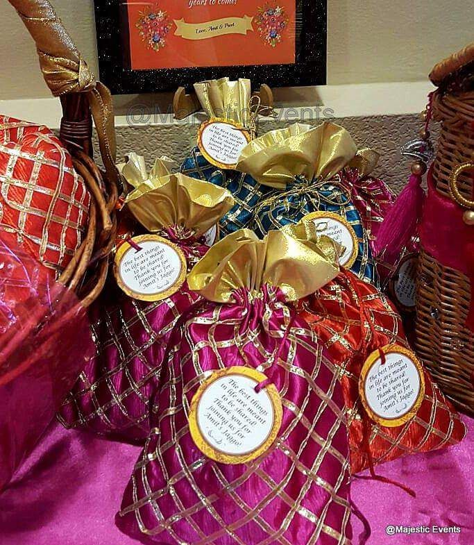 Indian Wedding Gifts: Pin By Majestic Events On Indian Wedding Jaggo / Ladies