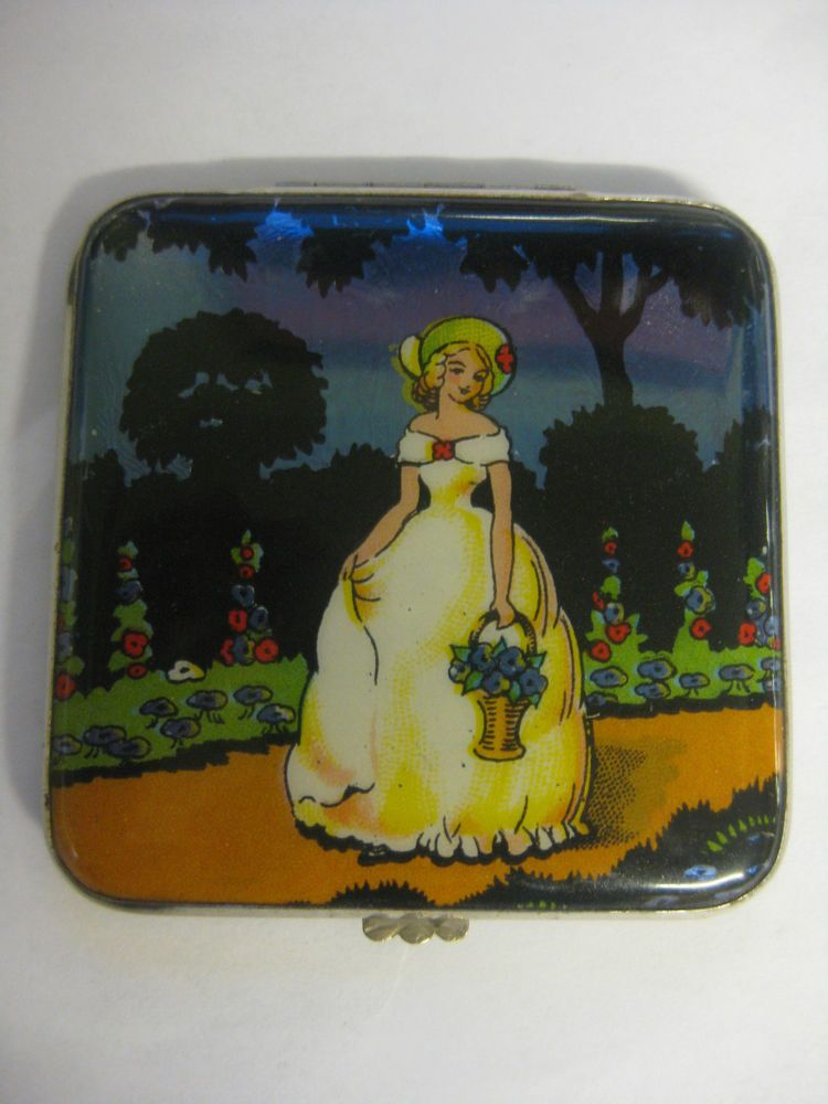 GWENDA BUTTERFLY WING / FOIL ART DECO LADIES POWDER COMPACT