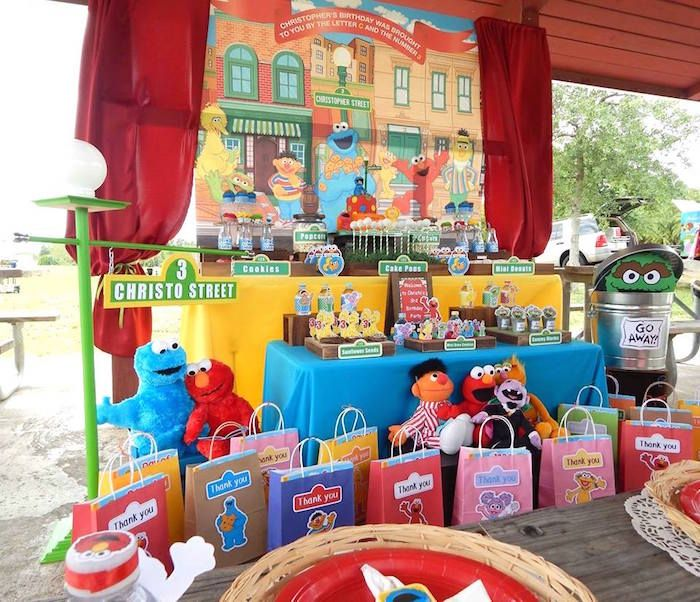 Head Table From A Rustic Whimsical Sesame Street Birthday