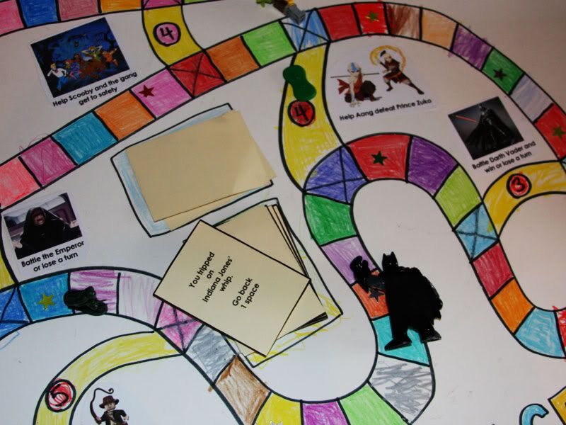 Detective-Hunting Games : Board Game design  |Cool Board Game Designs