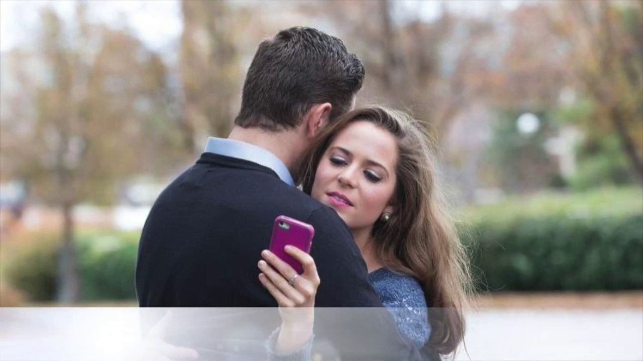 10 Signs That Your Girlfriend or wife Is Cheating On You