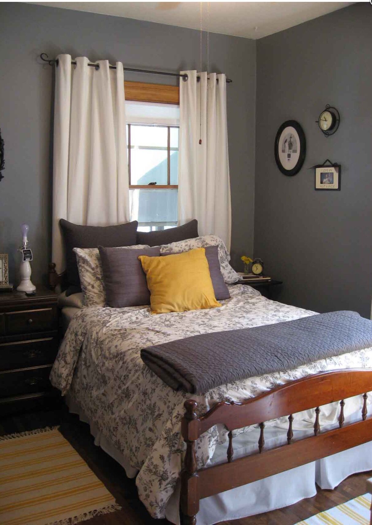 I ADORE this grey, purple, and yellow color scheme with