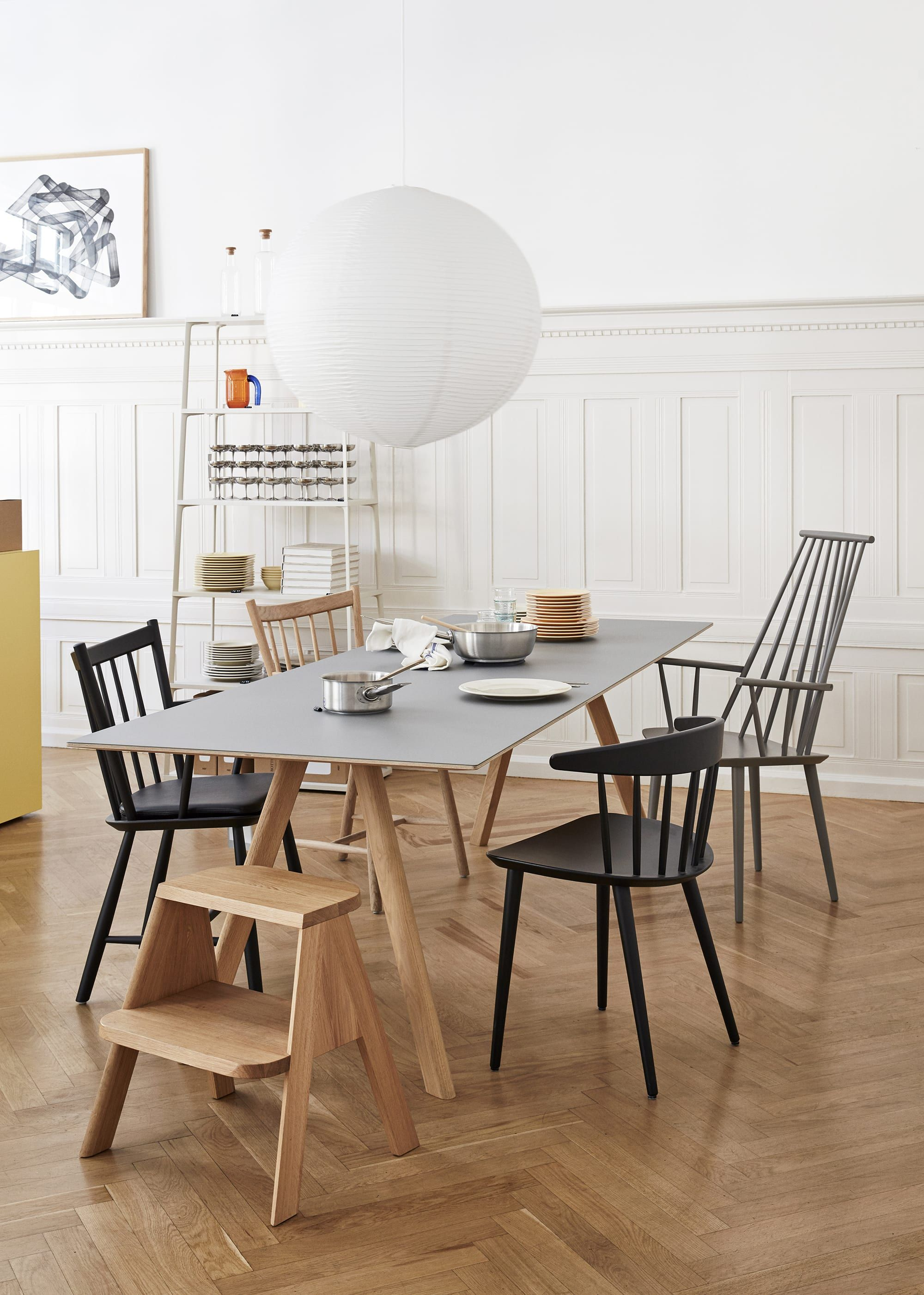 Small But Mighty Dining Tables Made For Equally Tiny Es