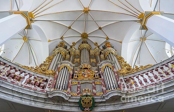 Church Organ With Gold Ornament By Vyacheslav Isaev Gold Ornaments Christian Artwork Church