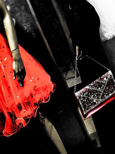 'Going shopping to a party' von Gabi Hampe bei artflakes.com als Poster oder Kunstdruck $20.79