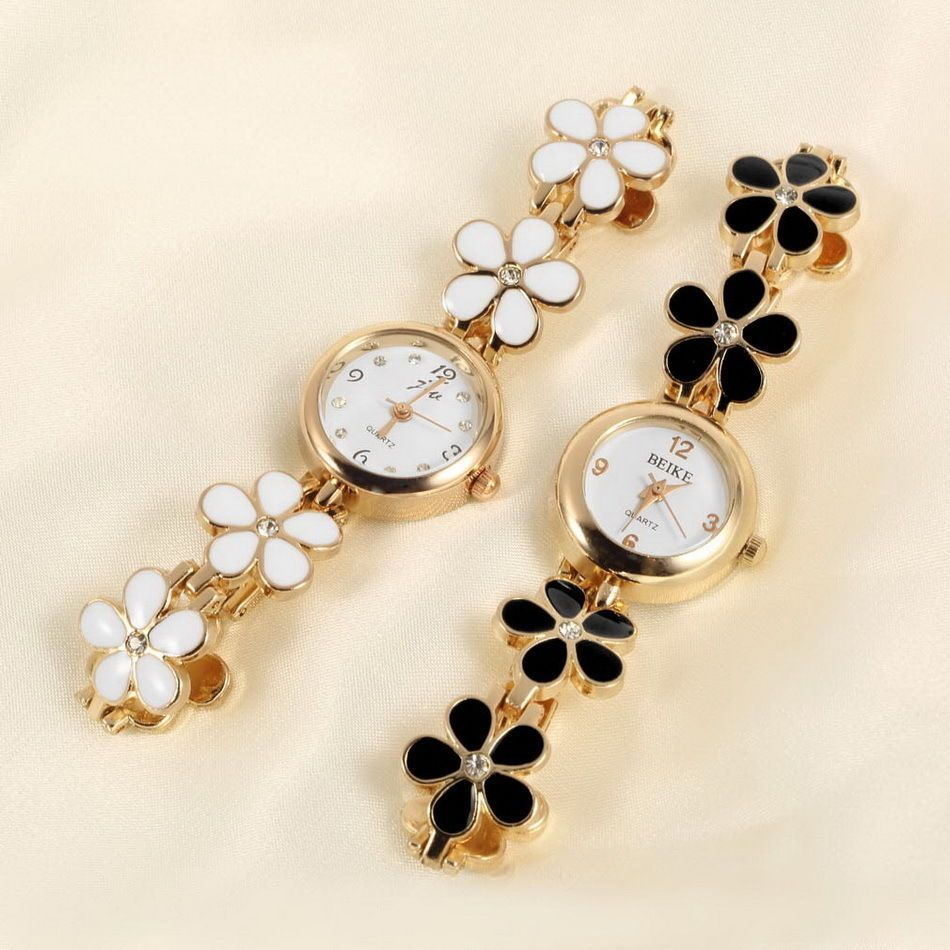 Korean fashion daisies flower rose gold bracelet wrist watch women