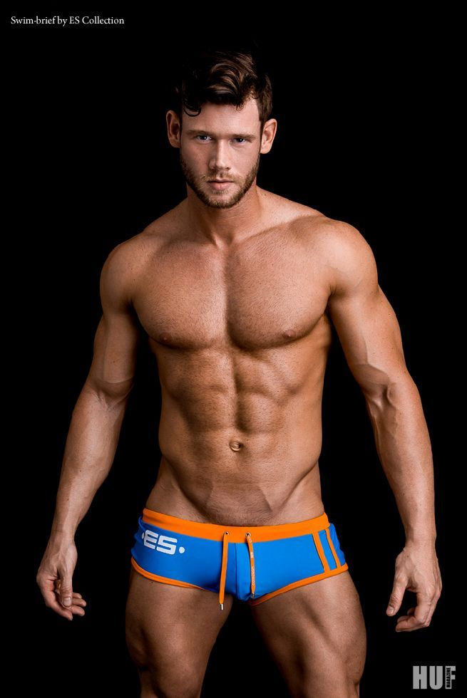 Masculina Wear: Brian Lewis by Fritz Yap.   September 26, 2016 by Masculina Wear ™®                        A photo po...