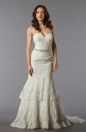 Sweetheart Mermaid Wedding Dress with Natural Waist in Lace. Bridal ...