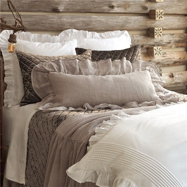 Rustic Pine Toung And Groove Interior Design: Pine Cone Hill Velvet Diamond Java Quilt
