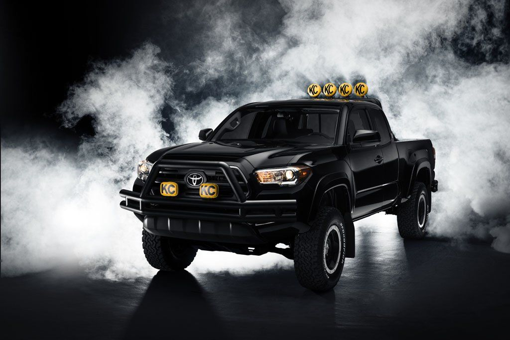 Toyota Reimagines Marty Mcfly S Dream Truck With 2016 Tacoma Toyota Tacoma 2015 Toyota Tacoma Tacoma Truck