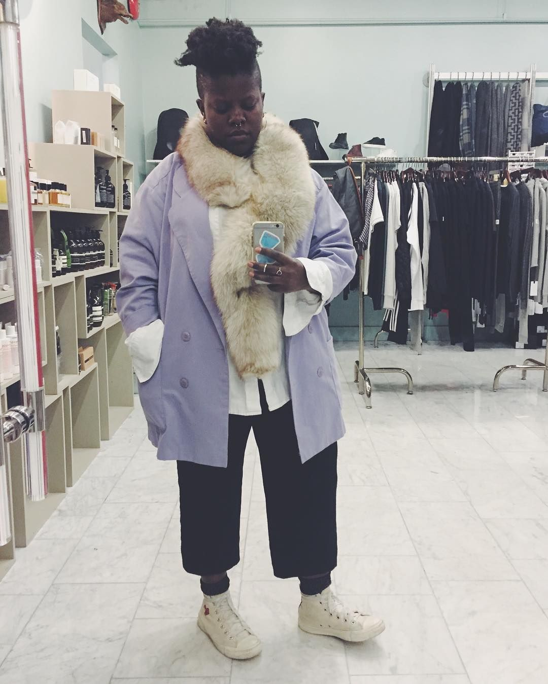purple rain + vintage furs to say 👋🏿 to 2016 #tombabe #OOTD