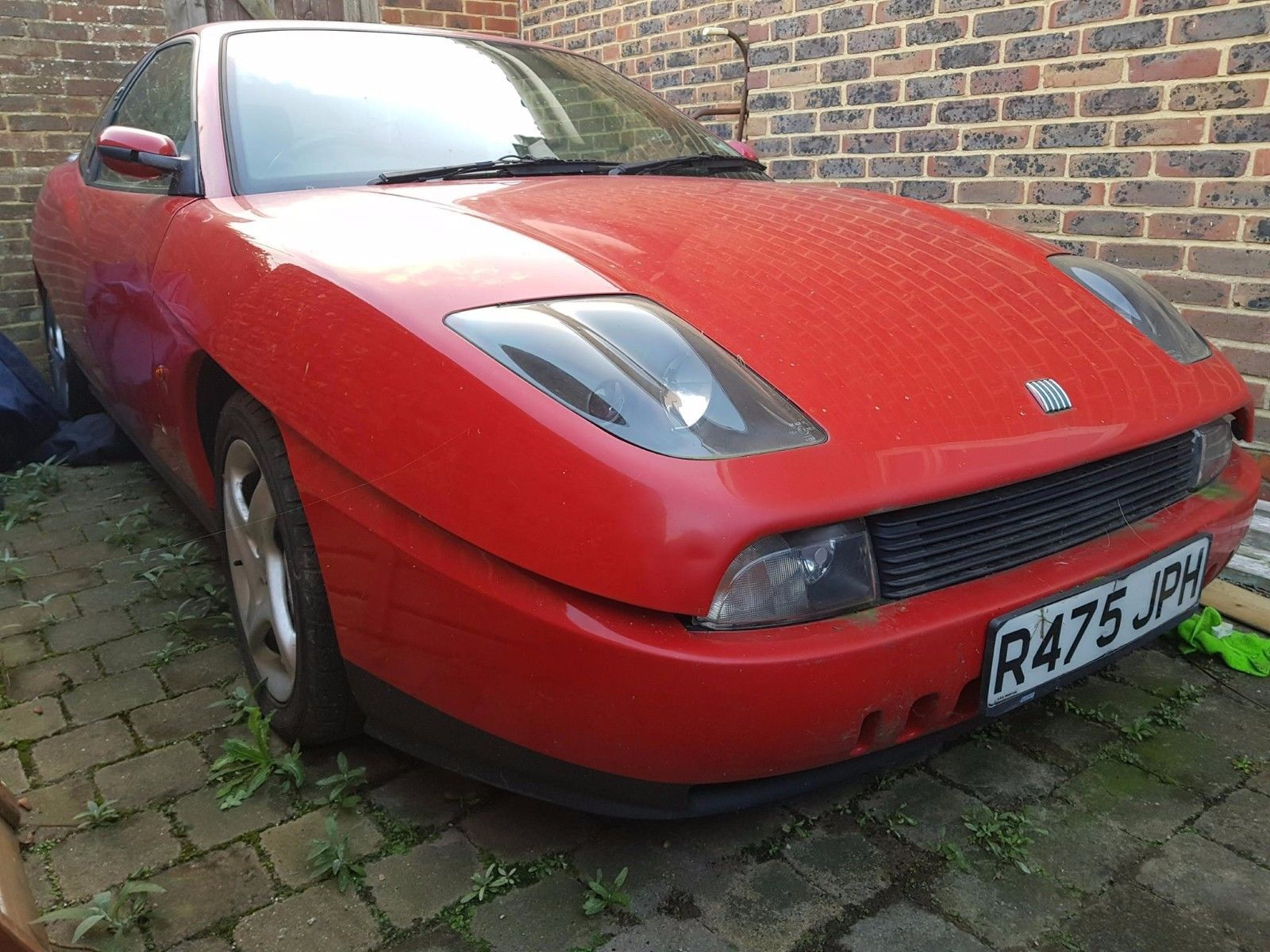 This fiat coupe 20v turbo needs work, repair, m.o.t, project, starts ...