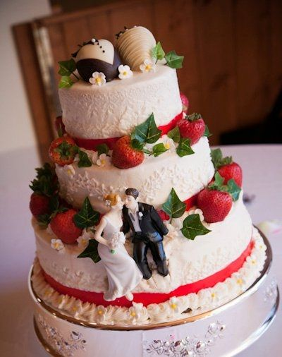 Strawberry Delight - My Daughter\'s wedding cake. White cake with ...