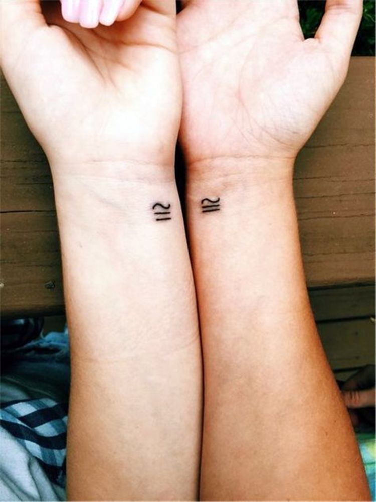 65 Epic Tattoo Designs For Women And Their Best Friends Page 37 Of 65 Friend Tattoos Friendship Tattoos Tattoos For Daughters