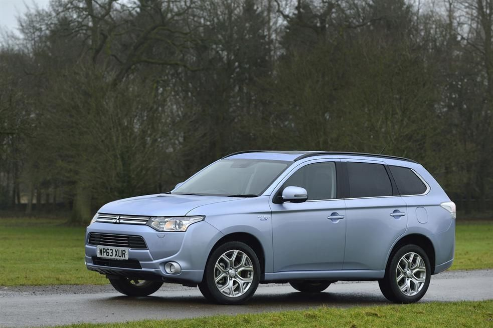 The 2014 Mitsubishi Outlander PHEV Review Mitsubishi