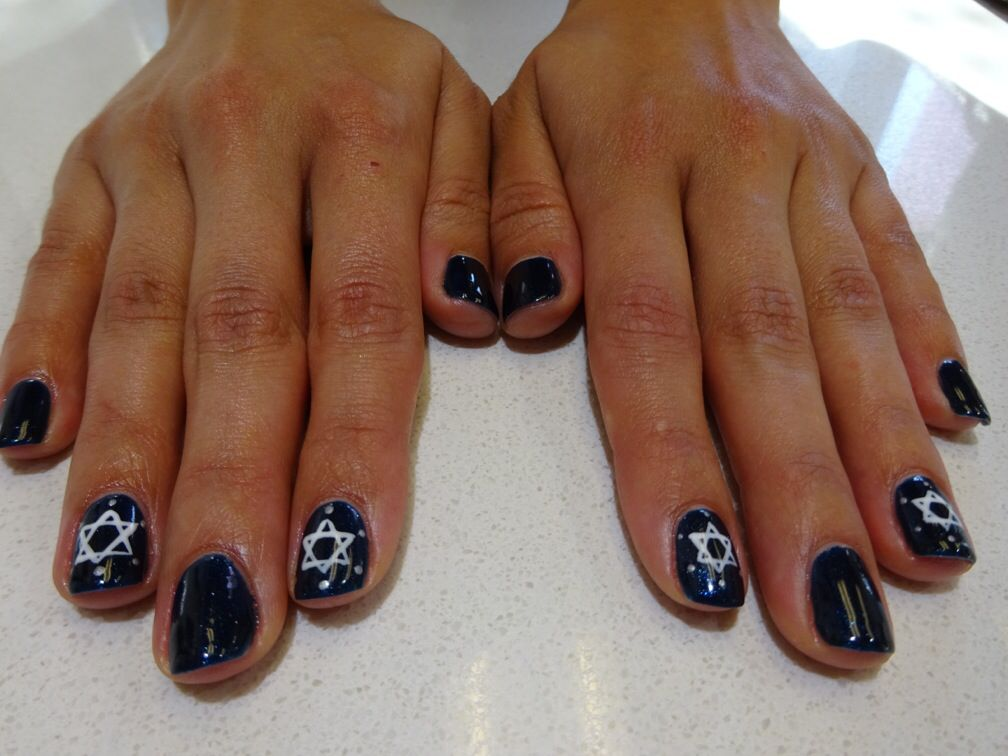 The Star Of David Nail Art With Shellac