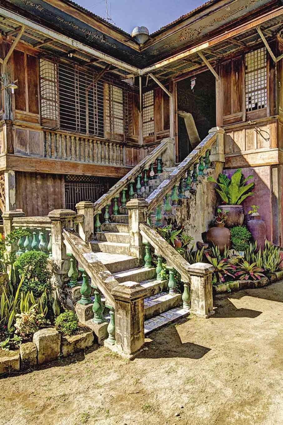 292 Best Philippine Houses Images Modern Houses Dream Home Design - Interesting-old-house-design