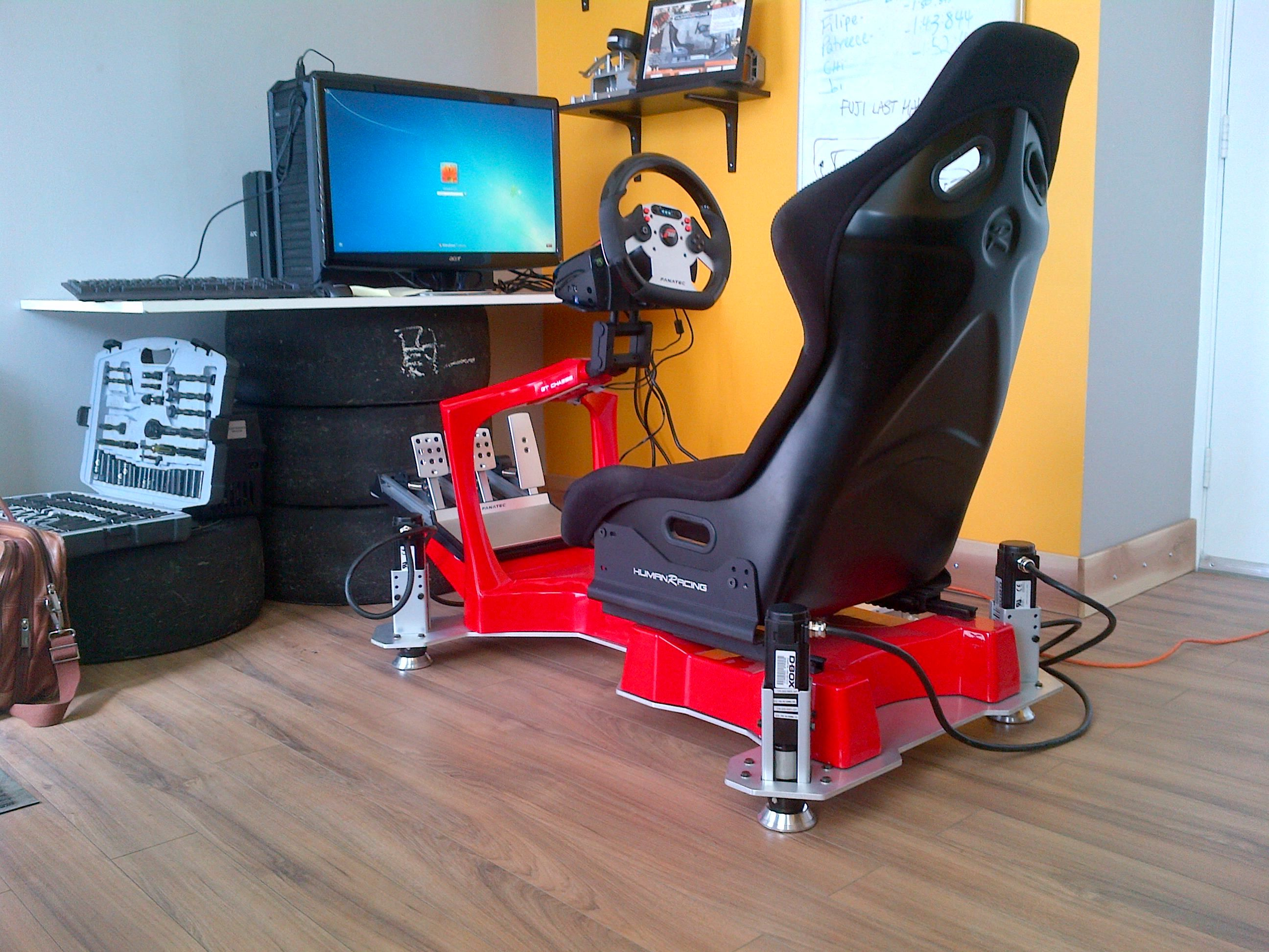 Human Racing Gt Chassis In Red With D Box 3 Dof Motion