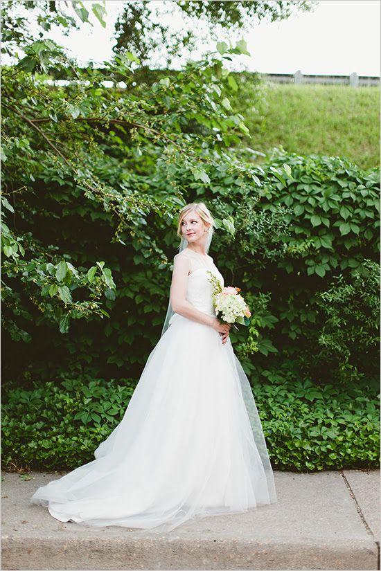 Amazing bridal look captured by Kaytee Lauren Photography. #weddingchicks #wchappyhour http://www.weddingchicks.com/2014/08/18/wedding-chicks-happy-hour-42/