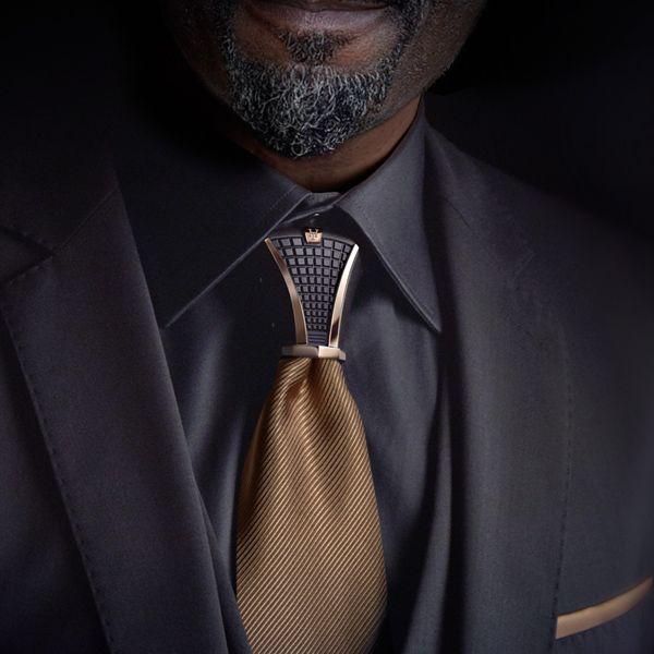HASTON Collection – Titanium item of jewellery for tie knots – HOODTIE – Men Fashion