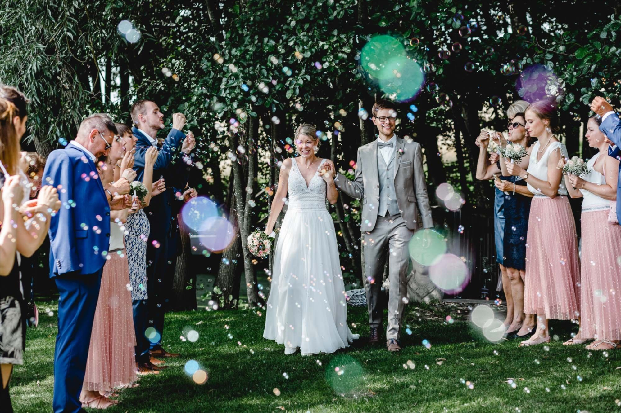 Pin Auf Roses Lavender Wedding Photography