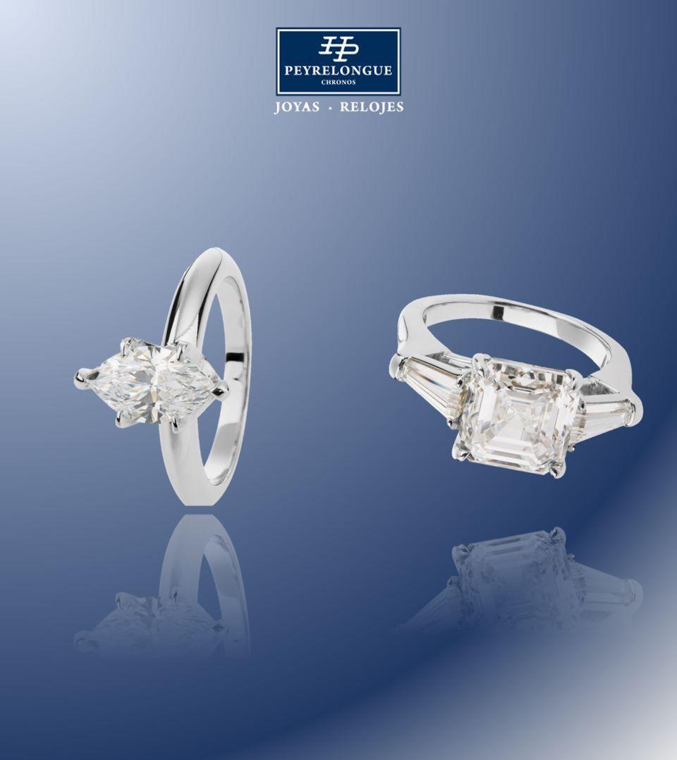 5f7ad972f453 Anillo con diamante cuadrado y diamantes corte trapecio a los lados en oro  blanco de 18