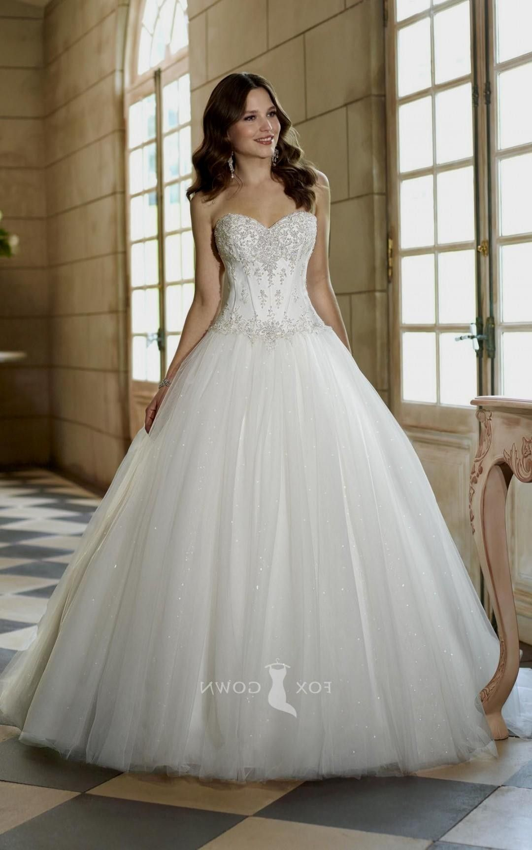 Wedding Dresses Sweetheart Neckline Ball Gown Bling Google Search Wedding Dresses Tulle Wedding Dress Wedding Dresses Strapless [ 1723 x 1080 Pixel ]