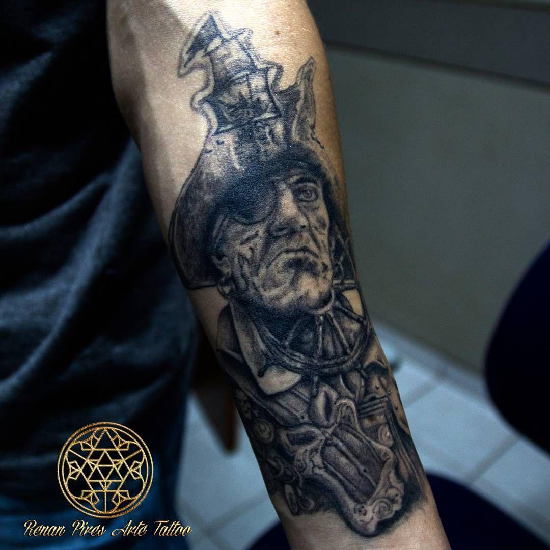 Repost projeto de fechamento que daremos continuidade em breve #tattoo #renanpiresartetattoo #namasteatelie #pirata #pirate #blackandwhite #blackandgreytattoo #inkedup #tattooartist #art #love #flow #tatuagem #tattoo2me #piratetattoo #piratasdocaribe #caribean #caravelle #caravela #artcollective #_tebo_