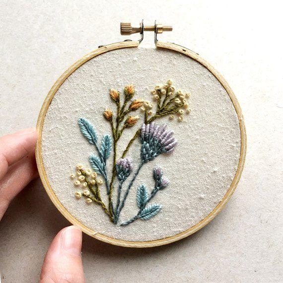 Simple Floral Embroidery | PUNTOS VARIEDAD | Bordado, Manualidades y ...