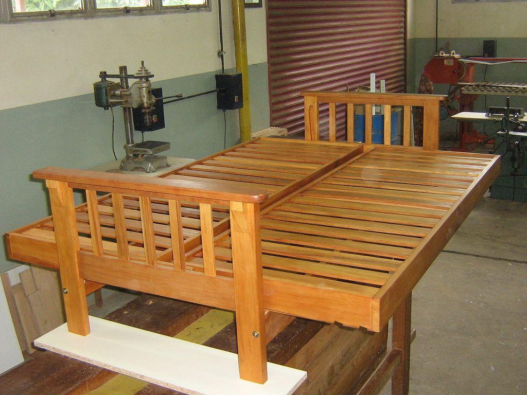 Como construir un futon paso a paso bricolaje es - Construir altillo madera ...