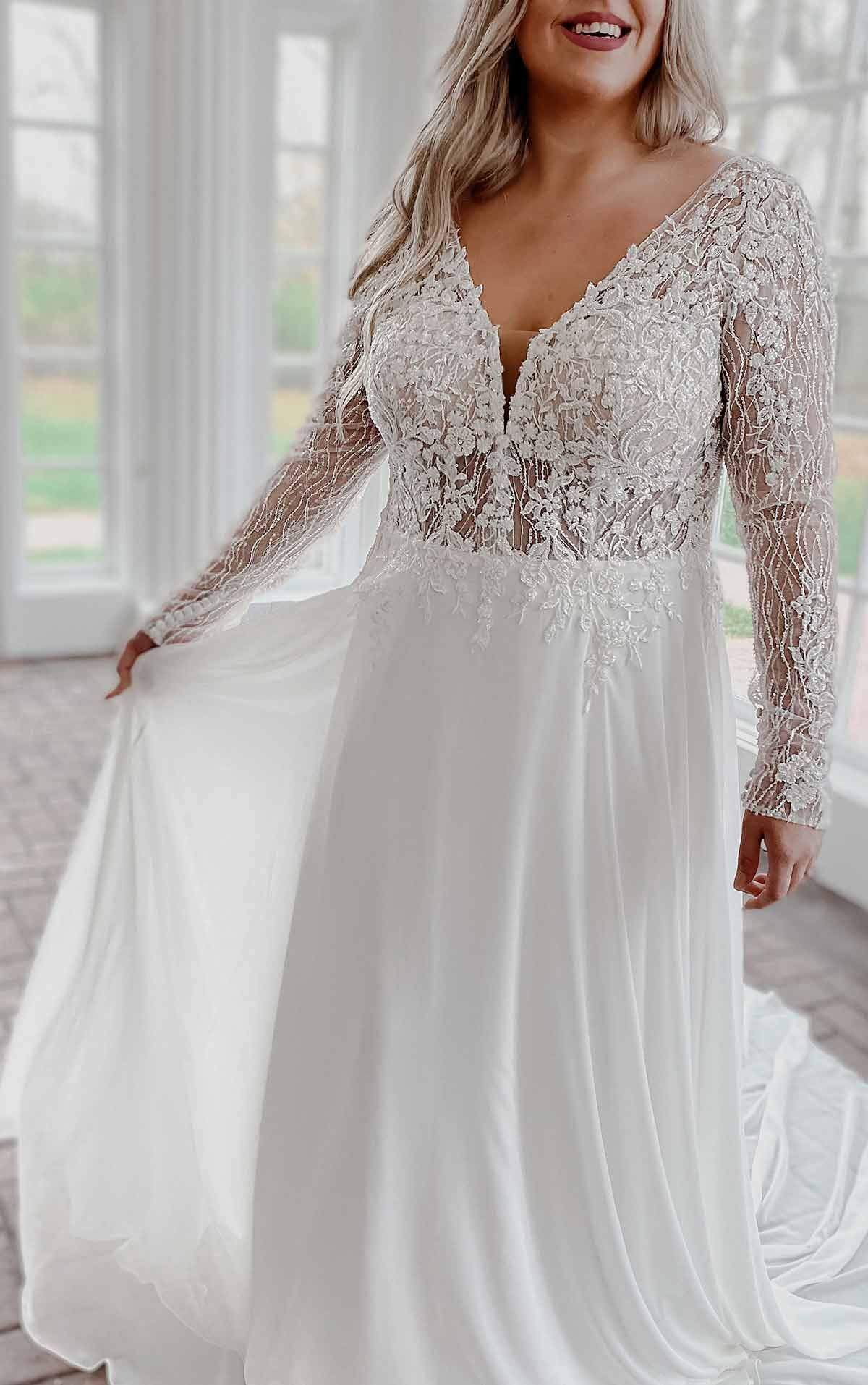 Modern Mixed Fabric Plus Size Wedding Dress With Lace And Long Sleeves Stella York Wedding Dresses In 2021 Plus Size Wedding Dresses With Sleeves Wedding Dress Long Sleeve Wedding Dresses Lace [ 1914 x 1200 Pixel ]