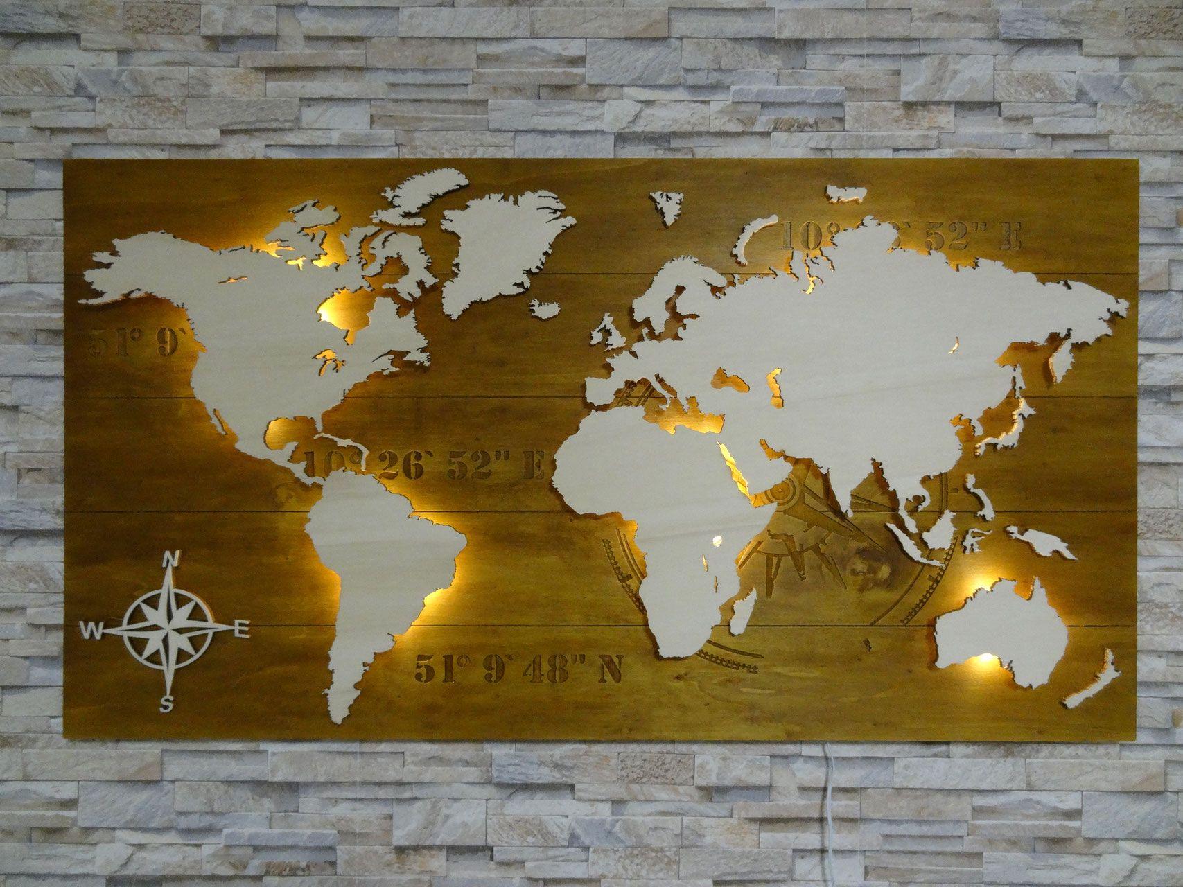 pin von maria bretschneider auf neue wohnung weltkarte aus holz hintergrund farbe bild deko wand gold plüsch tierkopf