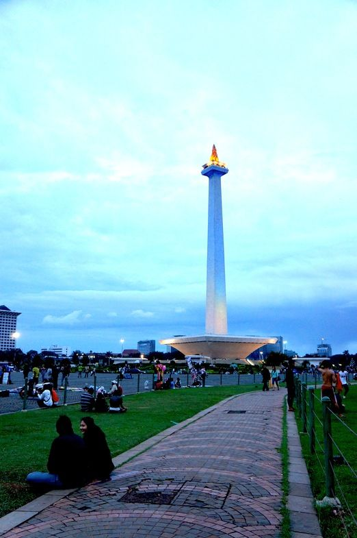 Monas The Capital S Landmark The National Monument Monas In Central Jakarta Will Be Closed To The Public From Mon Monumen Indonesia Fotografi