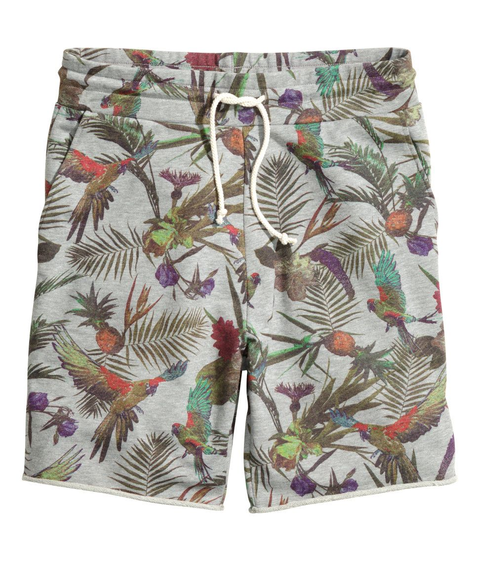 09b6242137 These tropical print drawstring sweat-shorts are perfect for comfy beach  lounging. | H&M Divided Guys (Is it bad that I want these?!)