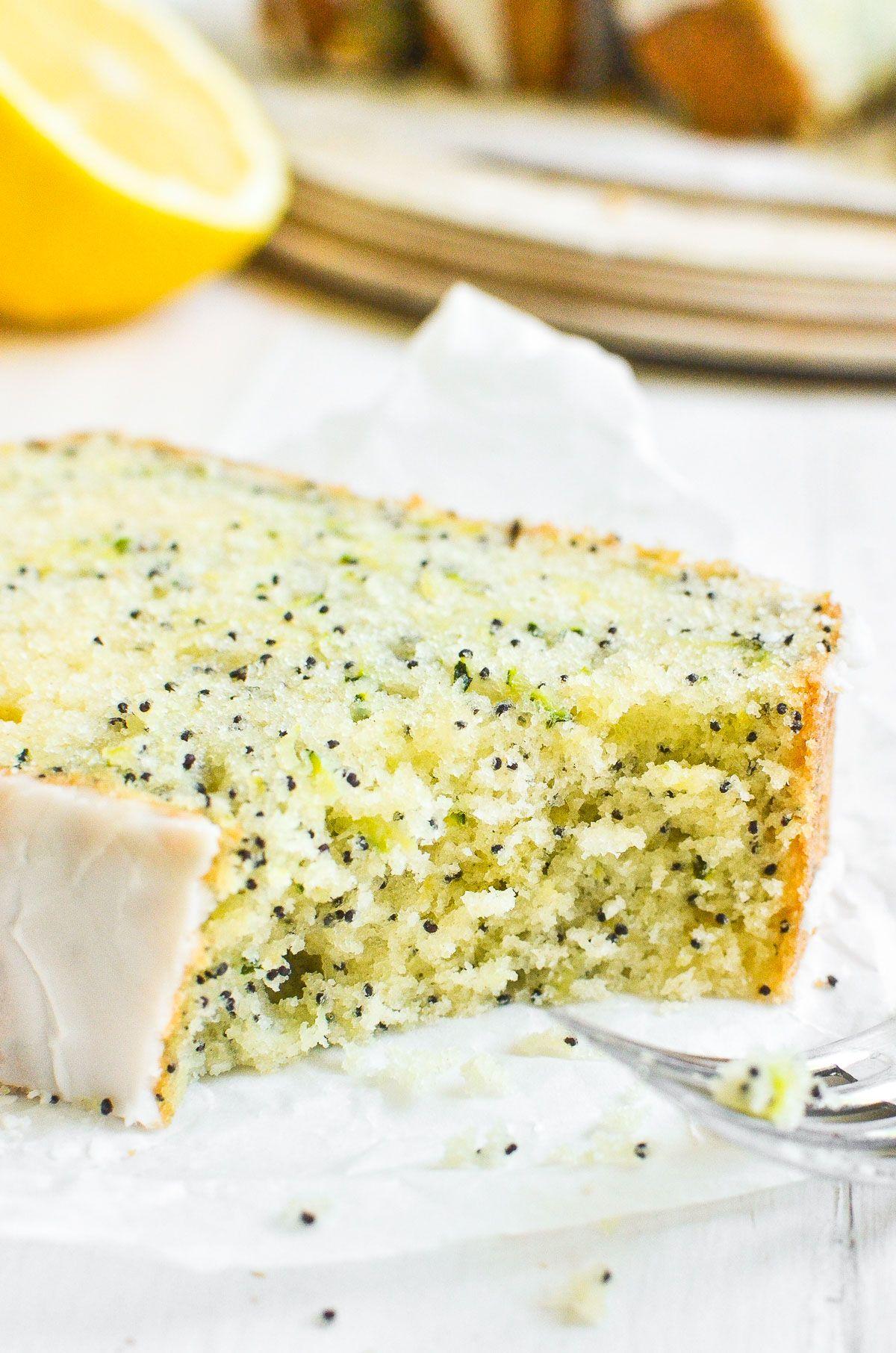 lemon poppy seed zucchini bread with crunchy poppy seeds